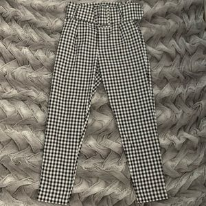 Pants - PrettyLittleThing Checkered Belted Pants